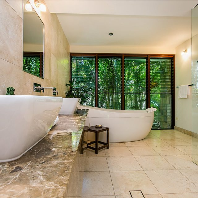 master-ensuite-sink-bath