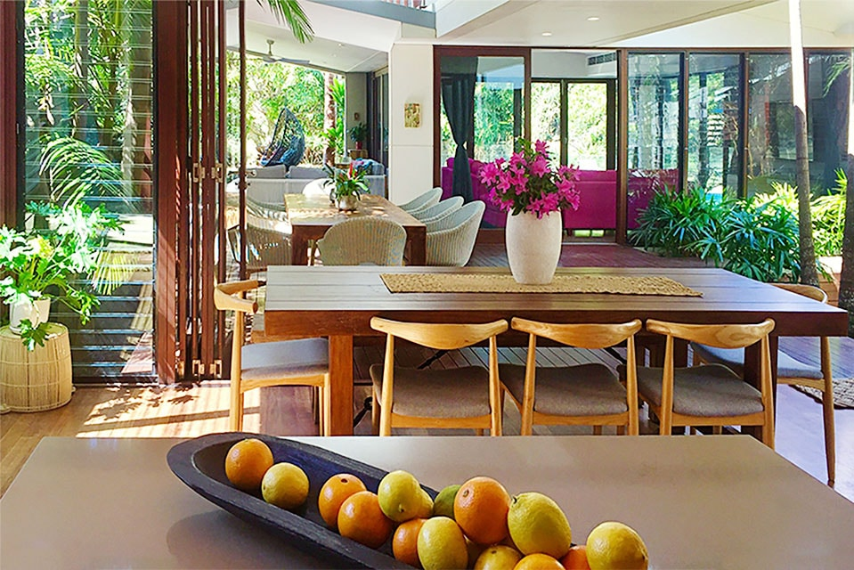 Byron Beach Retreats Kitchen Dinning Experience