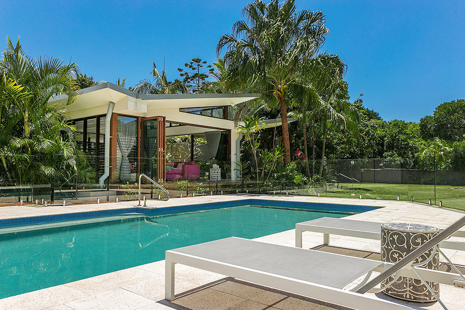 Byron Beach Retreats Outdoor Pool and Spa Entertaining