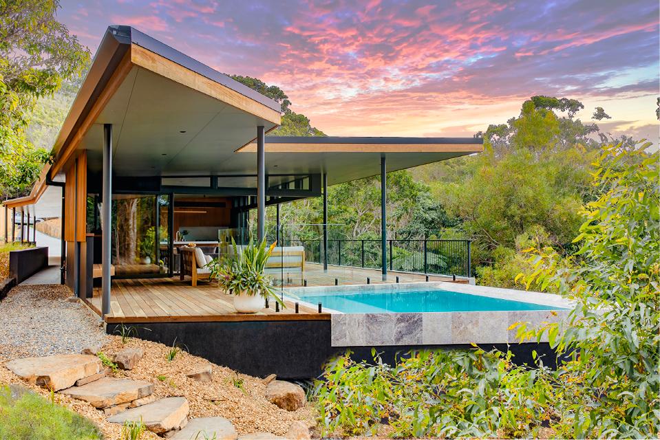 luxury byron bay beachfront accommodation